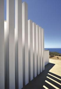colonnes-contemporaines-autour-de-la-maison_5070508